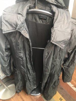 Manteau de pluie gris foncé