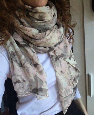 langer Schal mit Blumenprint