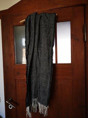 Langer Schal von H&M