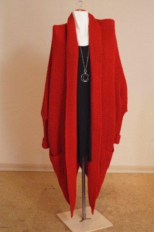 Abrigo de punto rojo oscuro