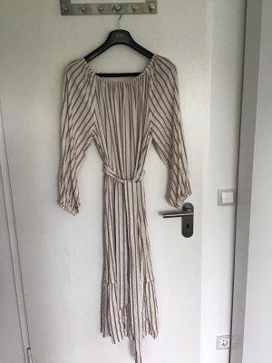 Langes Carmenkleid, Größe XL mit Gürtel