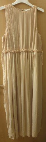 Langes feines Kleid (2)