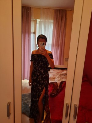 H&M Off-The-Shoulder Dress blue