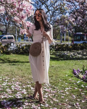 langes Kleid cremefarben