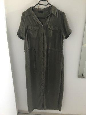 langes Kleid für den Sommer