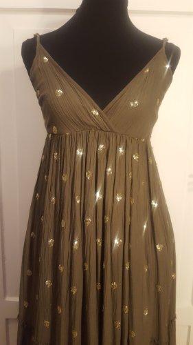 Langes Kleid in khaki mit goldenen Punkten