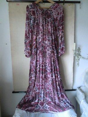 Langes Kleid mit floralem Muster Maxikleid Ethno Boho Hippiekleid