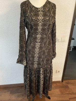 Langes Kleid mit Schlangen Druck