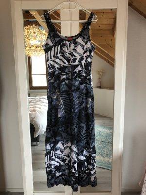 Langes Kleid von Zabaione