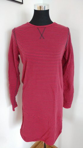 langes Nachtkleid in rot