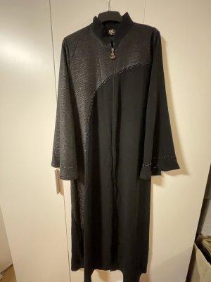 Langes, schlichtes Kleid