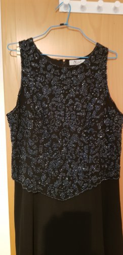 langes schwarzes Kleid,sehr dchön verarbeitet