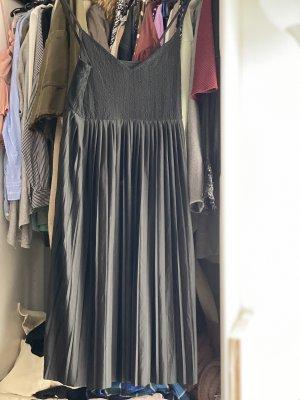 Langes schwarzes Plissee Kleid S