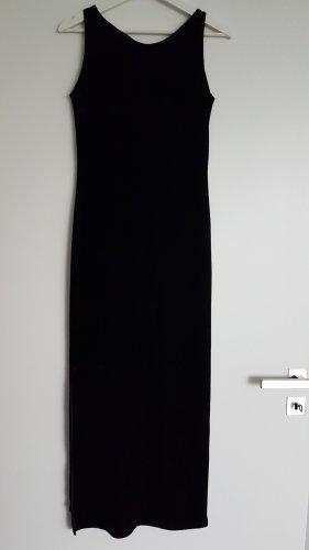 langes schwarzes Samtkleid