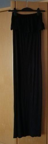 Langes schwarzes Sommerkleid