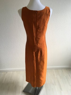 Langes Seidenkleid