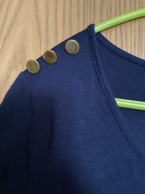 Langes T-Shirt mit knopfdetails