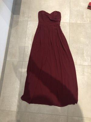 Langes trägerloses Kleid