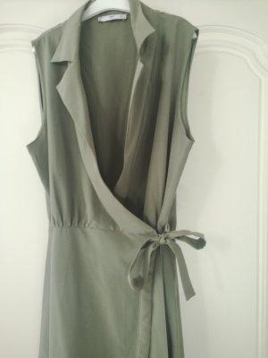 Langes Wickelkleid mit Hemdkragen von Mango Suit in lindgrün Gr. L