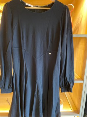 Langsam Kleid