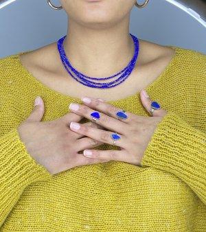 Cadena de plata azul
