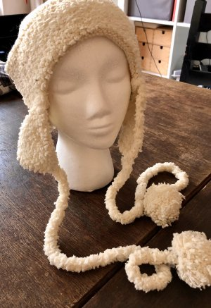 Indian Rose Lapland Hat natural white