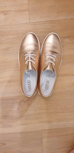 Lasocki goldene Schuhe, Leder.