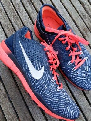 Laufschuh Nike free 5,0 TR fit 5prt NEU!