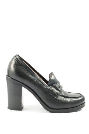 Laura Bellariva Tacones de plataforma negro look casual