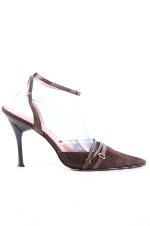 Laura Berti Spitse pumps bruin casual uitstraling