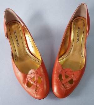 laura camino High-Front Pumps gold-colored-dark orange