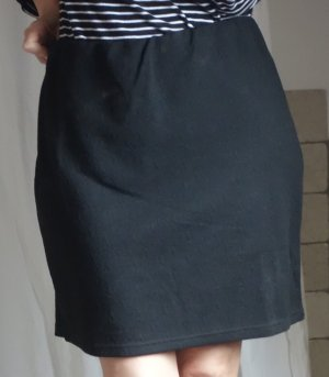 Laura T Collection Stretch Rock, schwarz, Sweatmatierial fester Jersey mit Struktur, schwarz, Gummizug, schmaler Rock, Minirock, Bleistiftrock, ungefüttert, neuwertig, Gr. L, Gr. 42/44