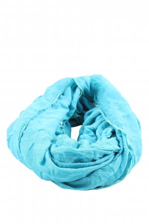Laura T: Tube Scarf blue casual look