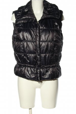 Laurèl Quilted Gilet black quilting pattern casual look