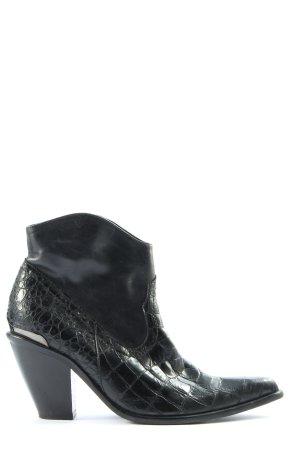 Lavorazione Artigiana Booties black animal pattern business style
