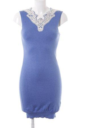 Lawrence Grey Strickkleid wollweiß-kornblumenblau florales Muster Boho-Look