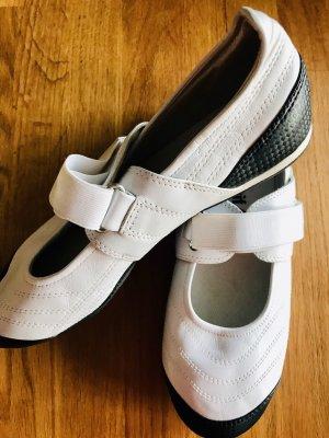 Le coq sportif Strapped Sandals white-black
