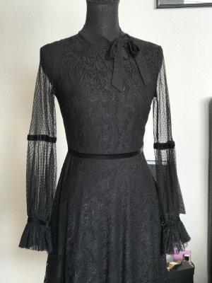 Le Group Woman little black dress