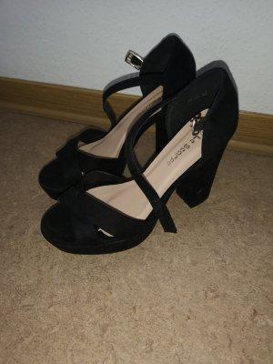 Le Scarpe High heels