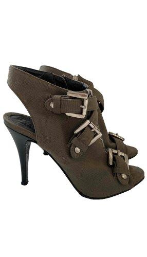Le Silla heels