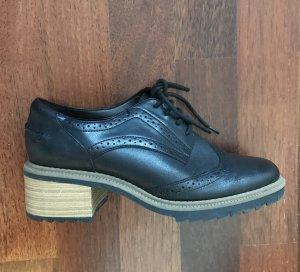 Leather Brogue Black Size 38EU/ 5 UK