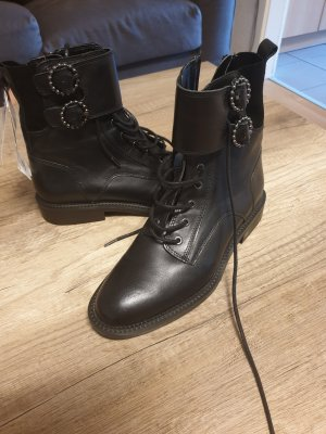 Leather Stiefel von Zara