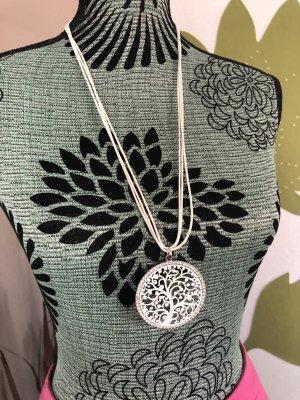 Collana bianco-argento