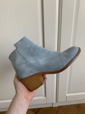 Leder Booties in Himmelblau ZARA