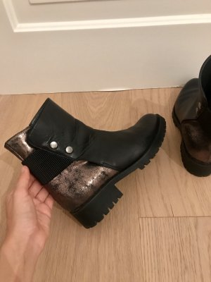 Leder Boots in Gold und schwarz