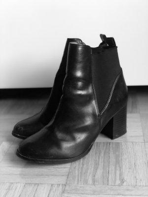 Leder-Boots mit Absatz