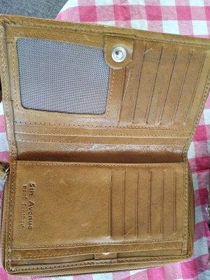 5th Avenue Wallet brown-cognac-coloured