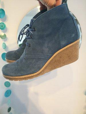 Botas de cuña azul aciano