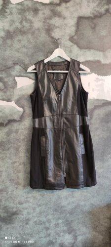 Kenny S. Robe en cuir noir