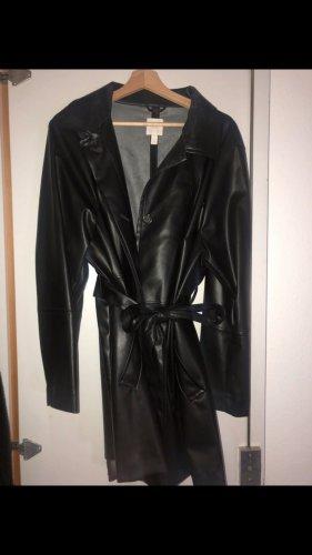 H&M Abrigo de cuero negro